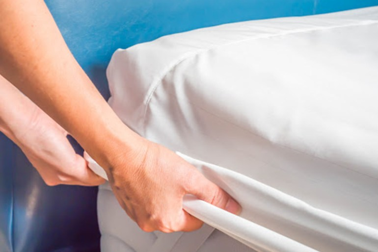 Difference Between Mattress Topper and Mattress Protector