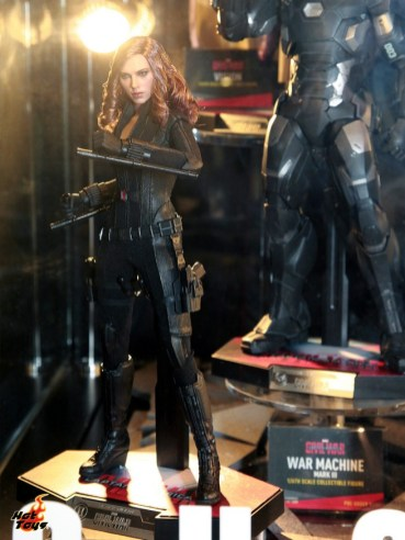 hot-toys---marvel-exhibits-at-toysoul-2015-4--163260