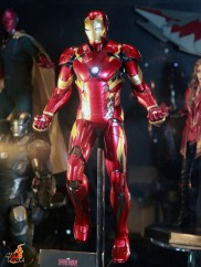 hot-toys---marvel-exhibits-at-toysoul-2015-7--163263