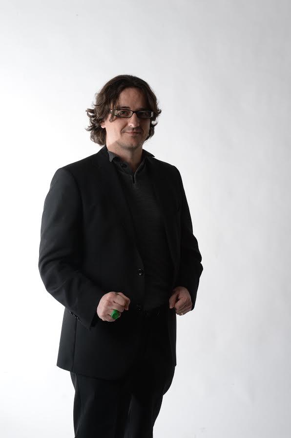 Mikel Janín