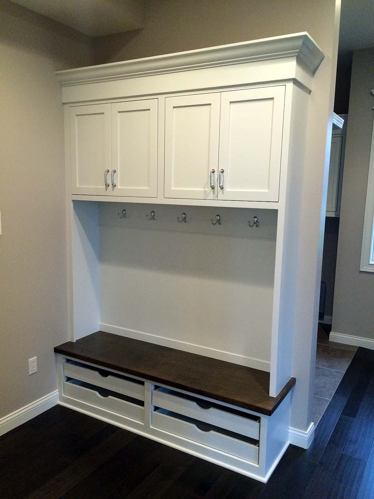 builtinmudroombenchcubbies  Custom Homes by Tompkins