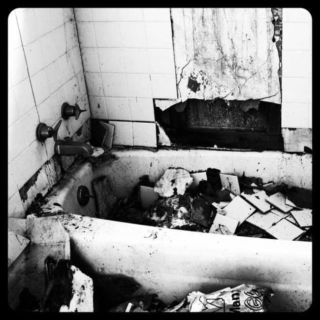 Bathtub Of Debris (Edit)