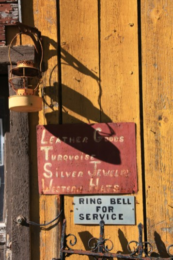 Tanglewood Ranch - Ring Bell For Service