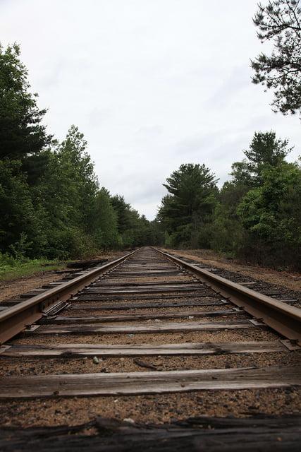 Train Tracks - R