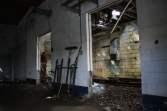 abandoned-gas-station-12