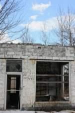 abandoned-gas-station-6