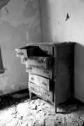 old_lodge_forgotten-dresser_5633869370_o_20