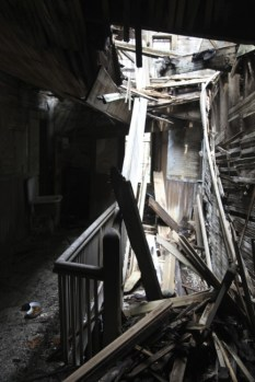 old_lodge_total-mess-of-a-staircase_5633884998_o_52