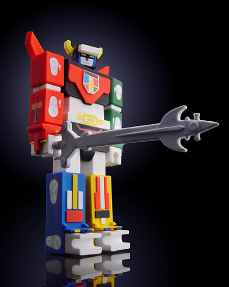Robot USB Flash Drives including Voltron, yes sir, Incubot has them!