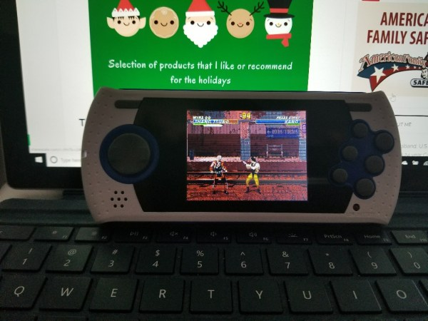 2017 Holiday Gift Guide - Sega Genesis Ultimate Portable Game Player Review
