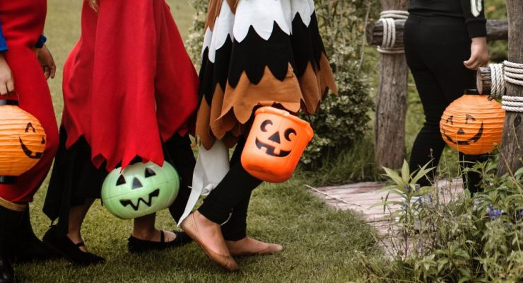 6 Safety Tips to keep your children safe during Halloween