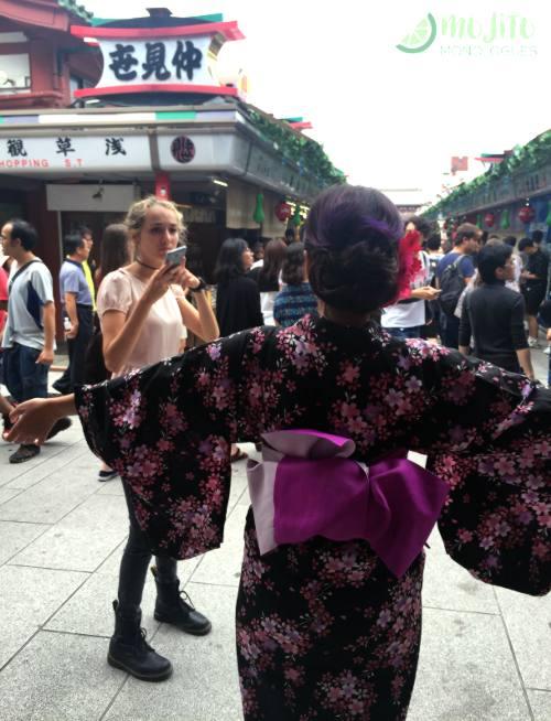 着物-体験-東京-外国-人-浅草-フィリピン人