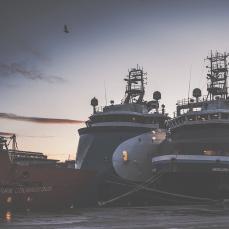 dusk over the port_0007