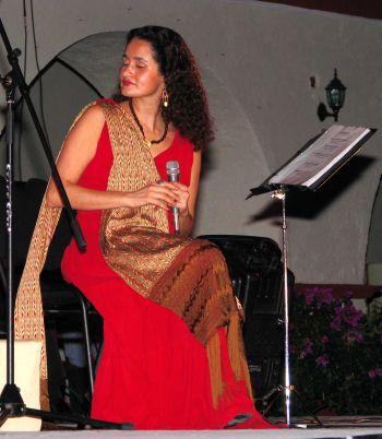 https://i0.wp.com/www.tomzap.com/esc/FESTIVAL2007SusanaHarp.jpg