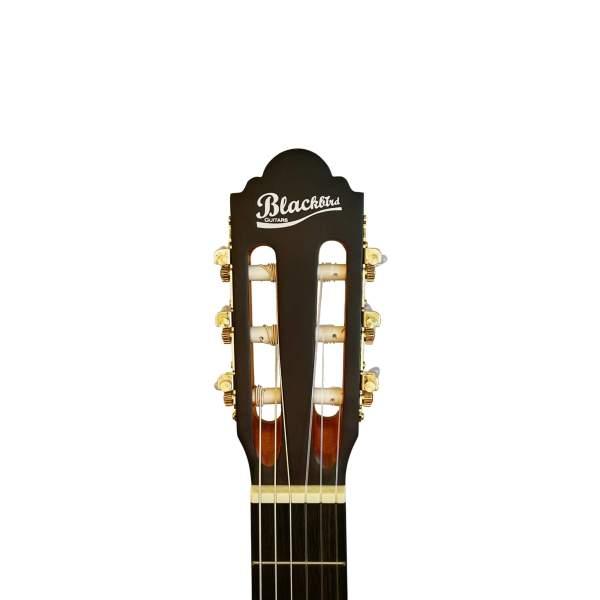 Produktbillede af hovedet på en klassisk guitar med hvid baggrund
