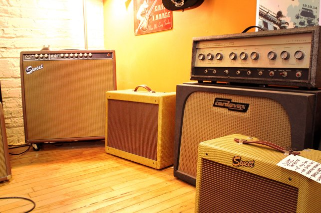 Mojotone cabs sprinkled about