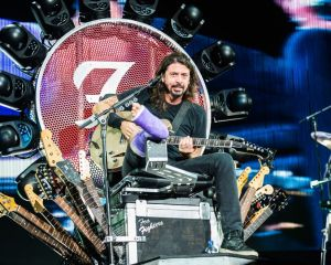 160408_1035x659-FooFighters-78