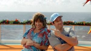 ADAM SANDLER IN JACK E JILL (2011) Adam Sandler interpreta due gemelli, un uomo e una donna, nella commedia demenziale Jack e Jill.