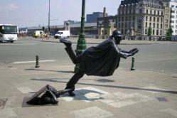 15032018: Le statue assurde (monumenti orribili 2)