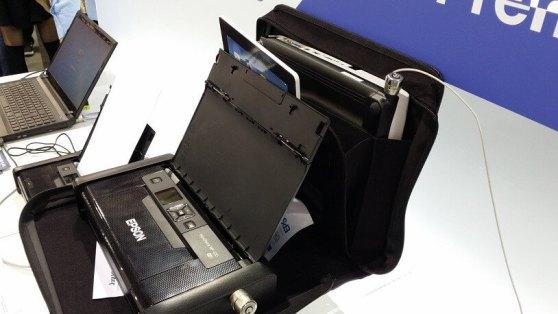Der passt auch in die Aktentasche: Der Epson Workforce WF-100w