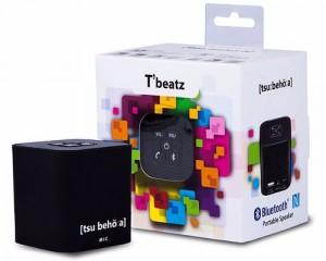 Den Lautsprecher gibt es wahlweise in weiß oder in schwarz.