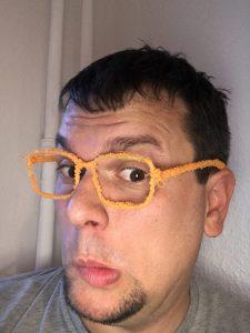 """Eine """"3D-Brille"""" selbst gemacht."""