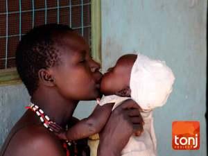 bambini ricordi estate 2009. Organizzazione benefica Tonjproject sud sudan Africa.