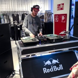 Bershka Opening Dresden - DJAccess on the decks