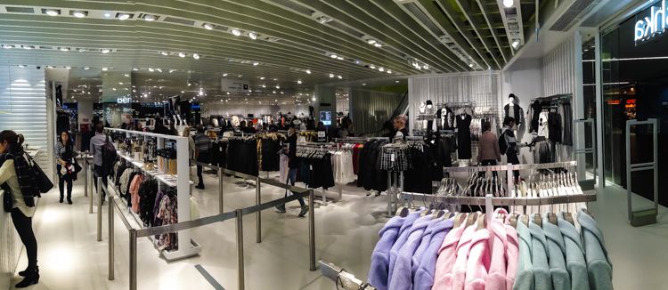 Bershka Opening Dresden - lower floor panorama