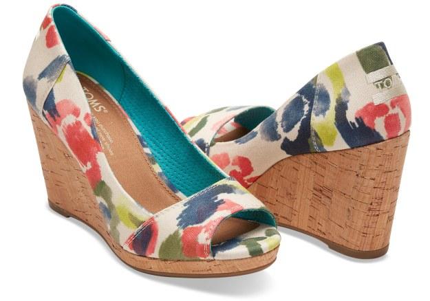 веганская обувь TOMS
