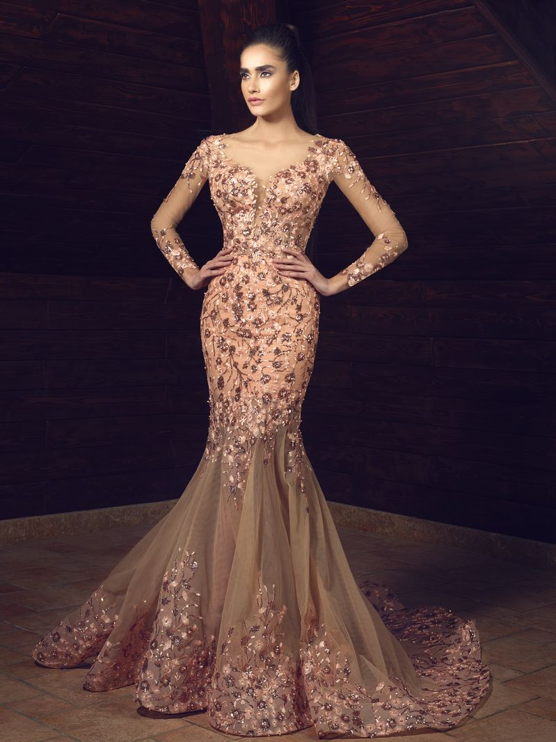 Latest trends and collections of evening dresses and gowns