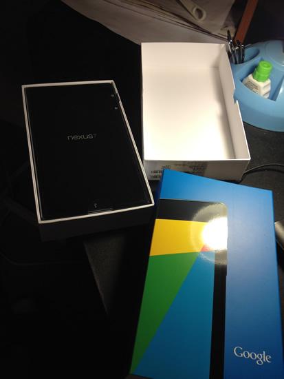 Google Nexus 7 opened