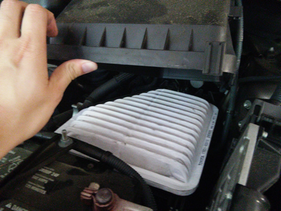 changing engine air filter