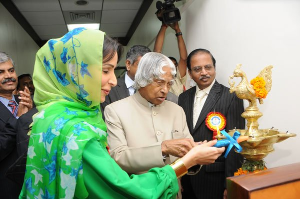 Hind Bahwan with Indian President