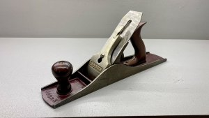 Acorn No 5 1/2 Bench Plane With Acorn Original Cutter Good Length In Good Condition