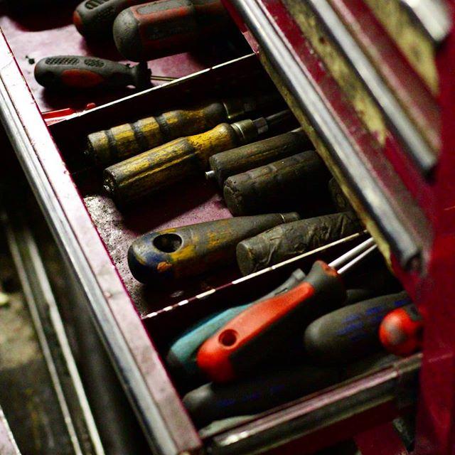 1522957213 - Hora de renovar tus herramientas? Puede que así sea. Contacta con nosotros que te ofreceremos la mejor solución a la medida de tus necesidades  #herramientastaller #herramientas #herreria #carpinteria #renove #trabajo #herramientasdetrabajo