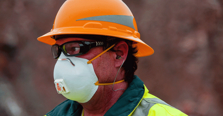 Difference between respirator and dust mask