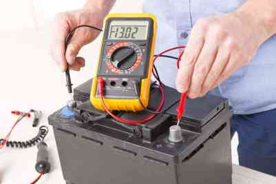How to Measure Battery Voltage
