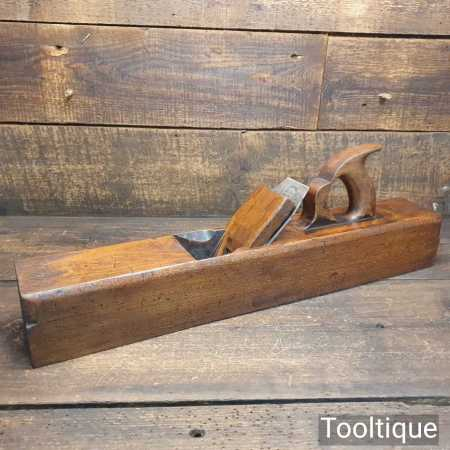 """Vintage Carpenter's 22"""" Beechwood Trying Plane - Lapped Flat Ready To Use"""