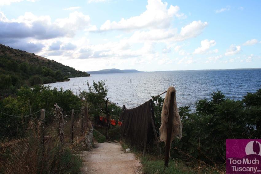 A postcard from Varano Lake