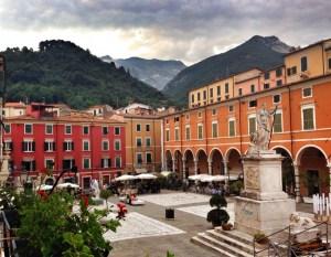 Carrara, PIazza Alberica