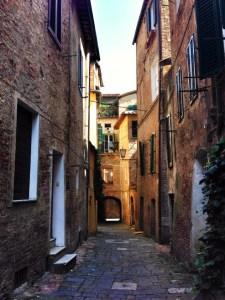 Siena off-the-beaten paths