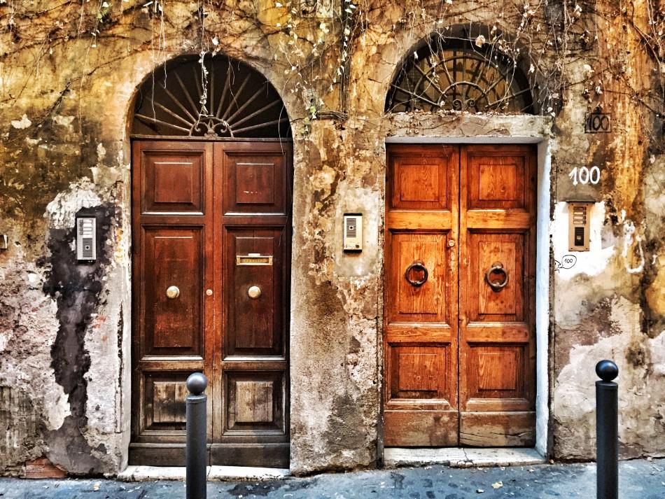 Doors in Monti