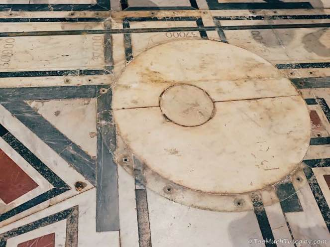 The large marble disk