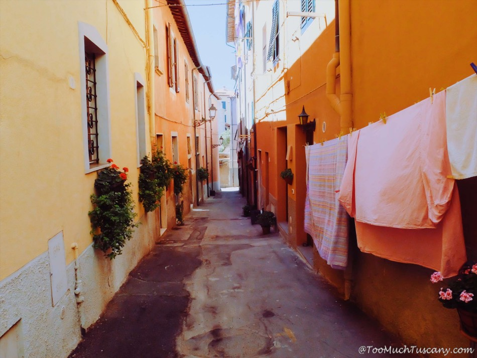 Piombino - streets in the center
