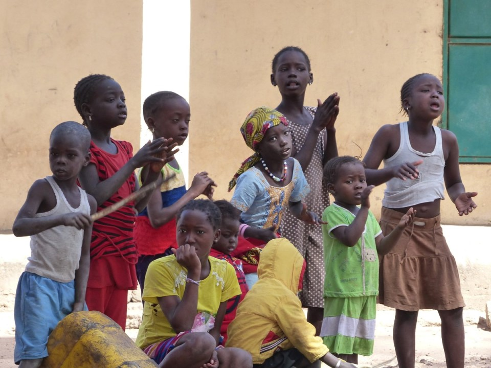 Children singing and clapping