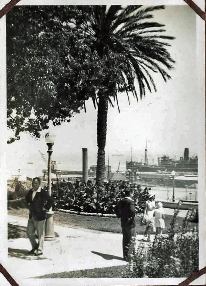 Old photo of harbour