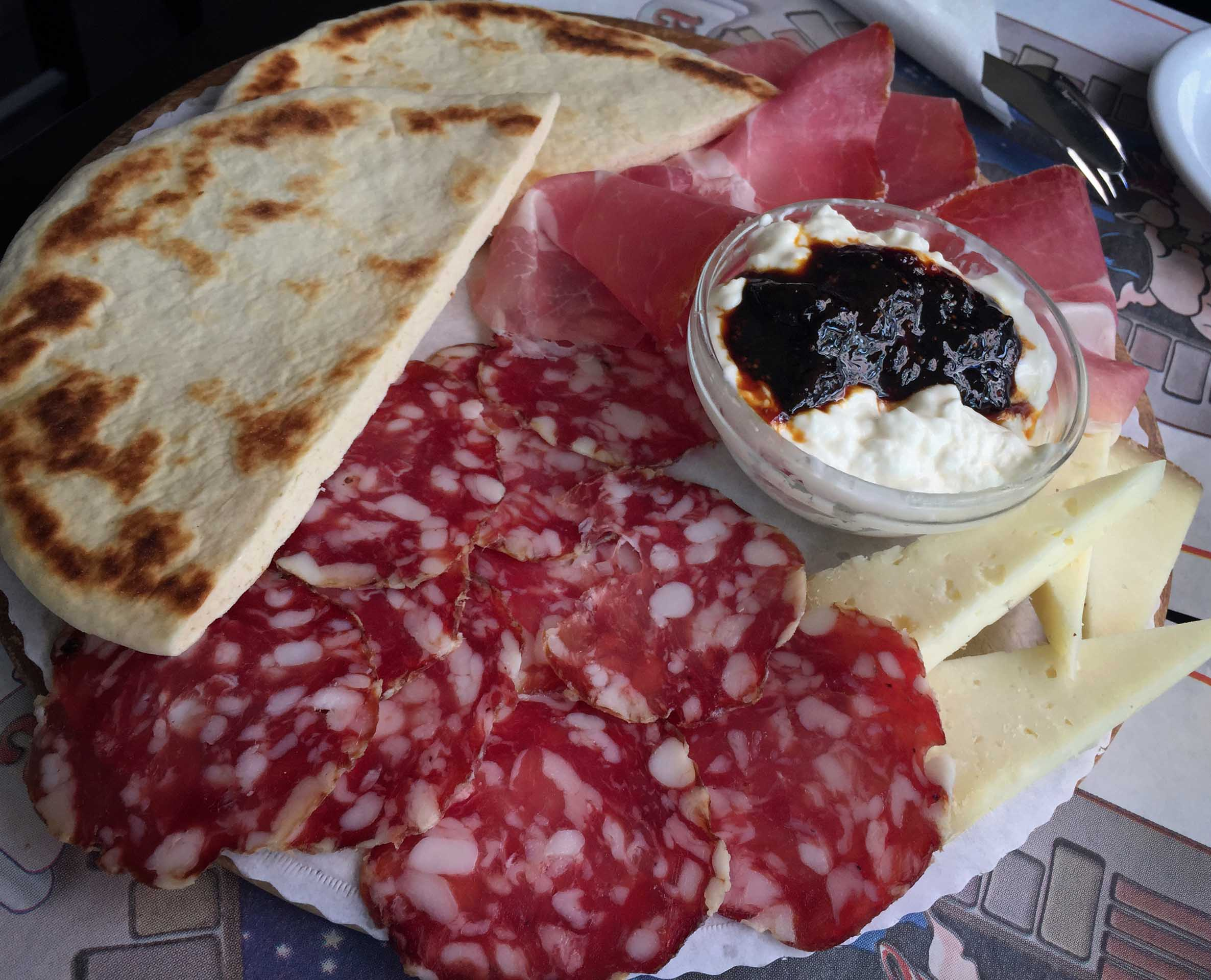 Cold meats and cheese with flat bread
