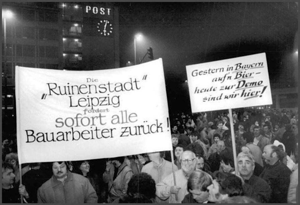 Black and white photo of demonstrators