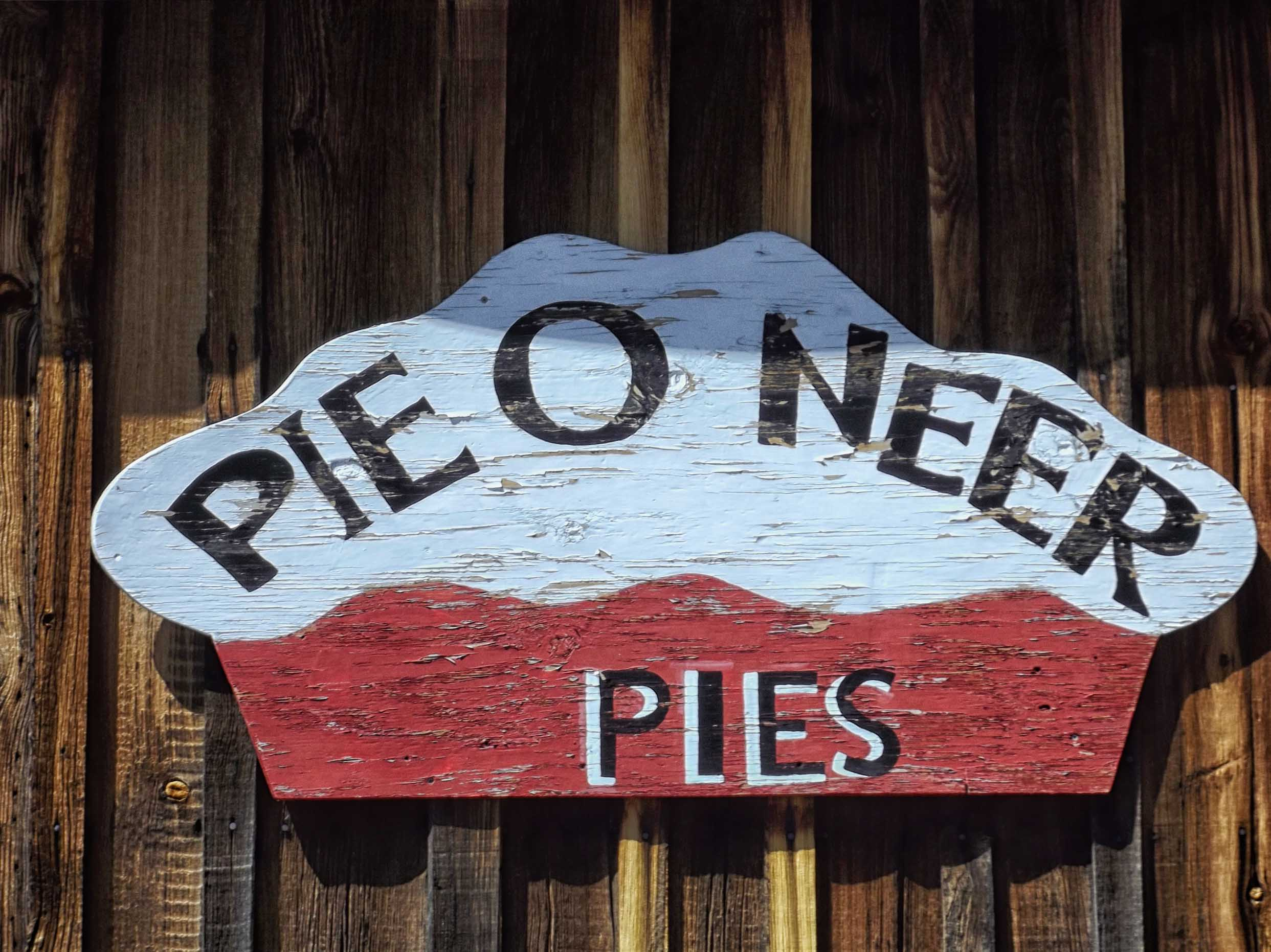 Sign advertising pies